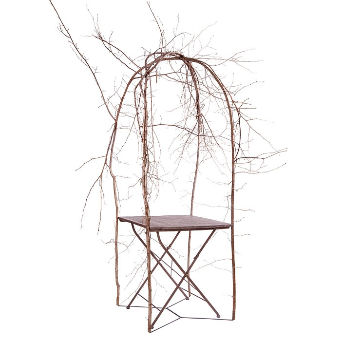 Gazebo structure with branches and bistrot table 70 x 70 h 215