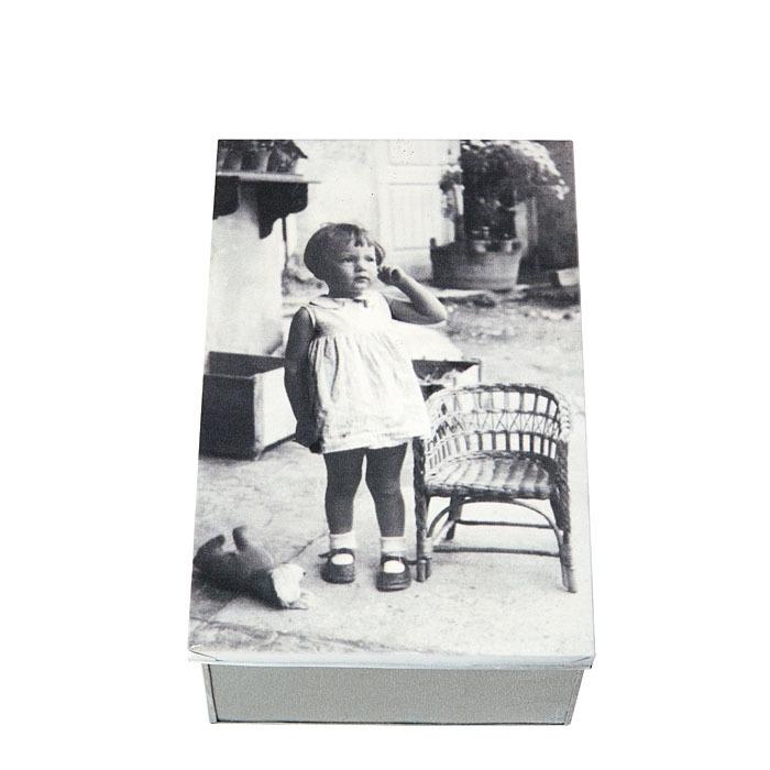 Box in latta con foto bimba in cortile 21 x 32 h12 cm