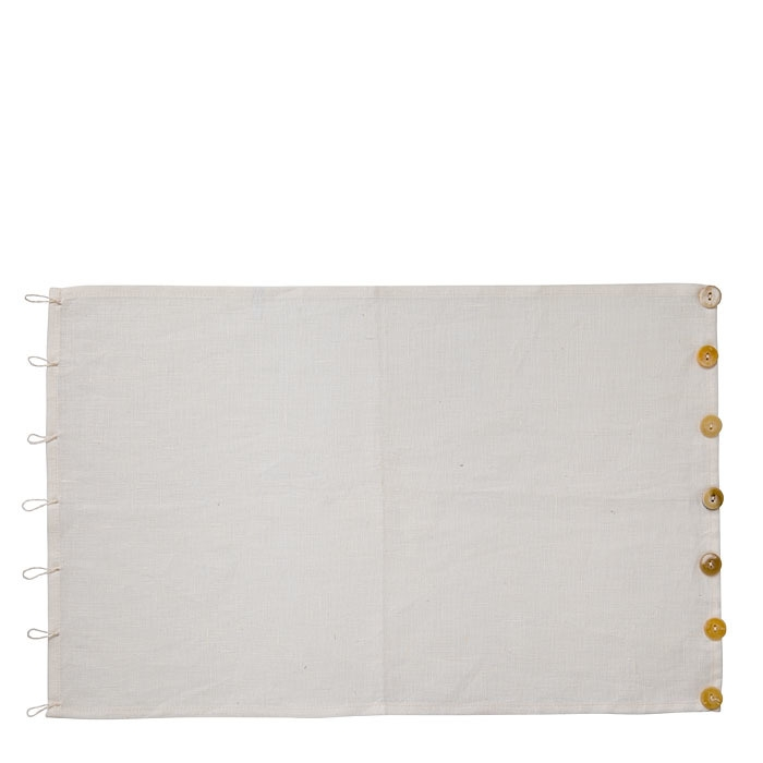 100%linen placemat with buttons eyelets cream 35 x 54 cm