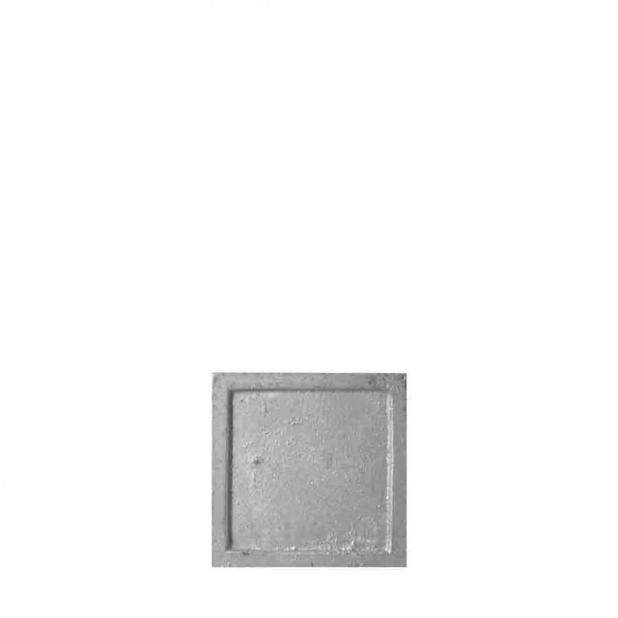 Small cast iron plate grey colour 7.5 x 7.5 cm