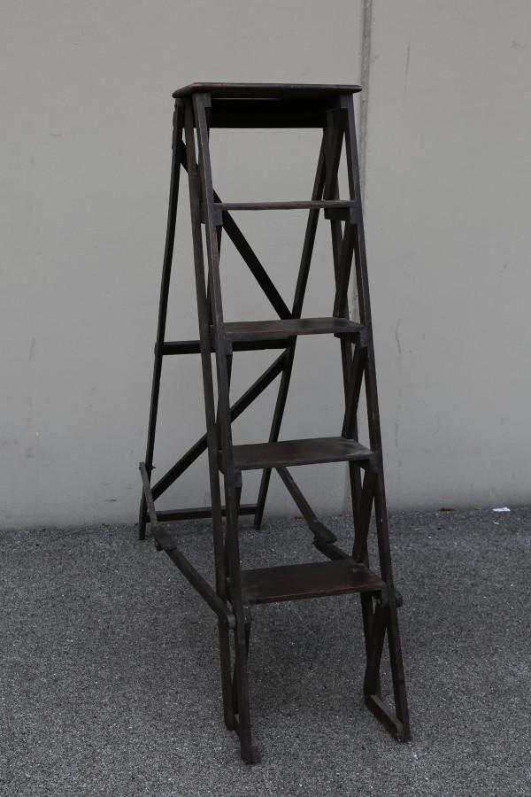 Scala vintage legno scuro 5 ripiani 40 cm