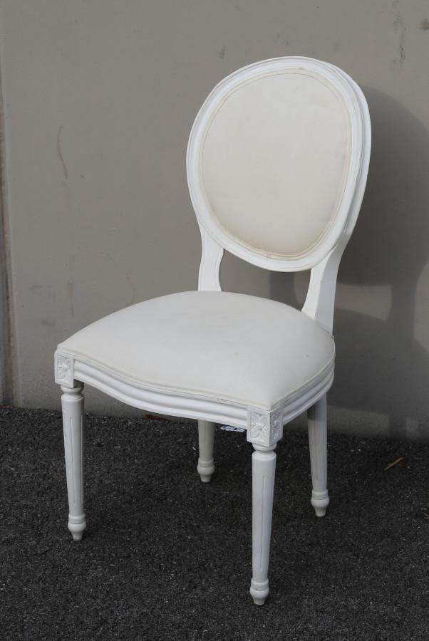 Sedia vintage luigi xvi schienale tondo bianca